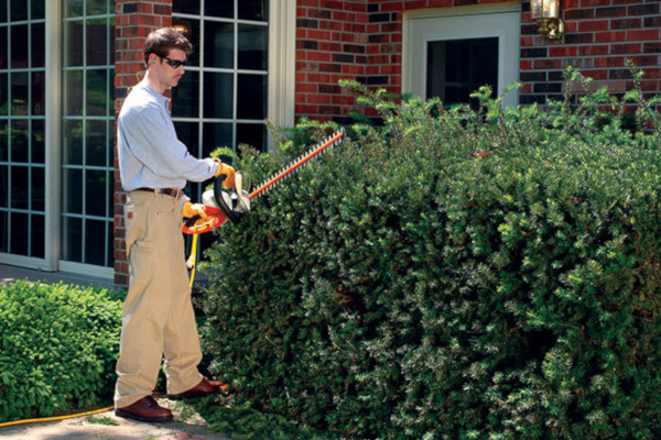 Stihl |  Hedge Trimmers | Electric Hedge Trimmers for sale at Powerland Equipment Inc.