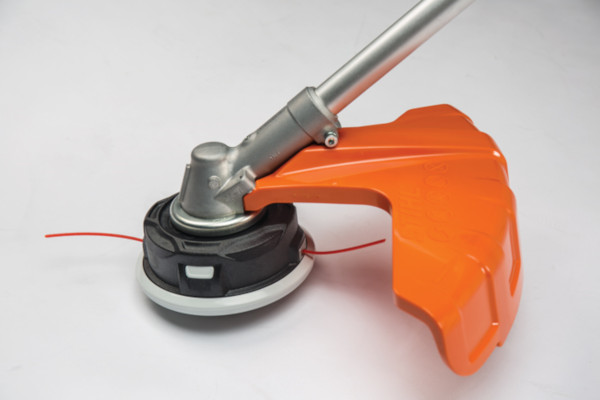Stihl |  Trimmers & Brushcutters | Trimmers Heads and Blades for sale at Powerland Equipment Inc.